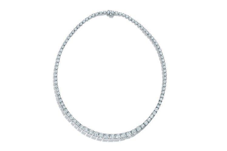 2016 Masterpieces高級珠寶系列,鉑金鑲嵌Legacy切割鑽石與圓...