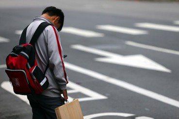 18歲先就業方案,是敲響技職缺陷的醒鐘?