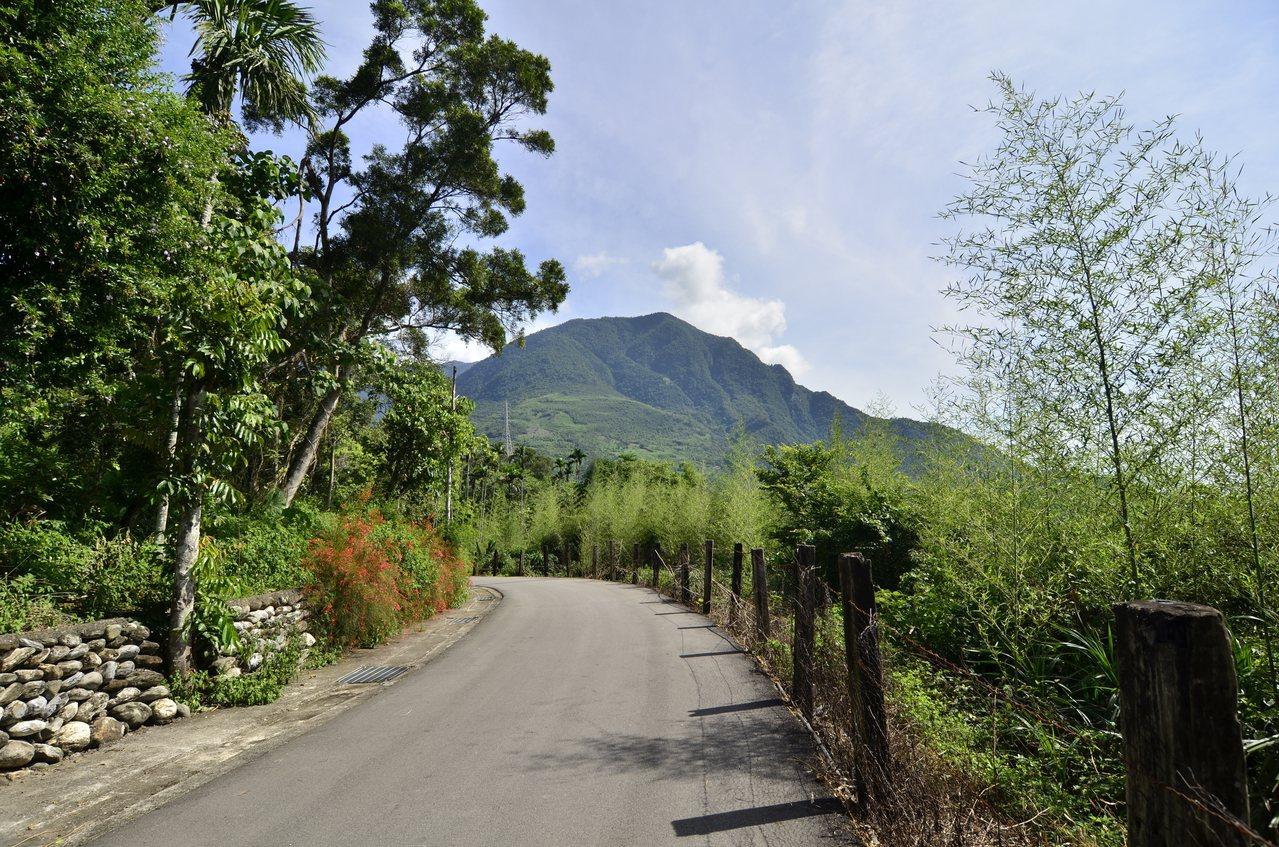 日光步道較平緩,適合親子散步同遊。圖/吉安鄉公所提供