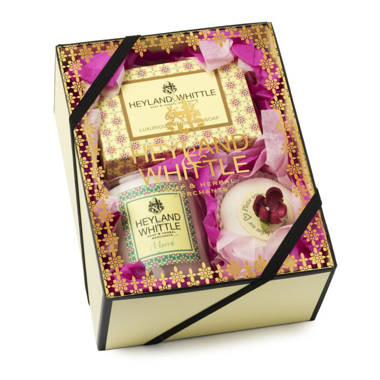 HEYLAND&WHITTLE 黃金沐浴馨香禮盒,1,400元。圖/Espace...