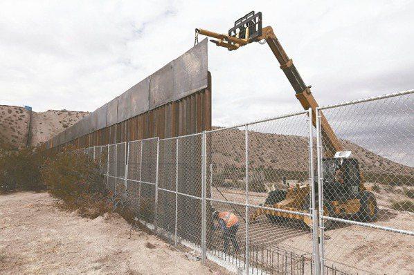 圍牆+柵欄 川普保證:美墨必蓋邊牆