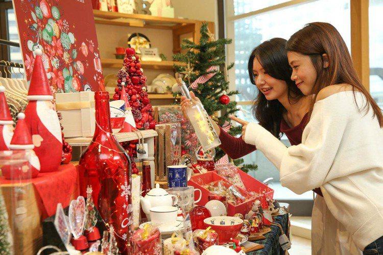 因應不同國情,各國消費者挑選耶誕禮物差異也頗大。圖/Afternoon Tea提...