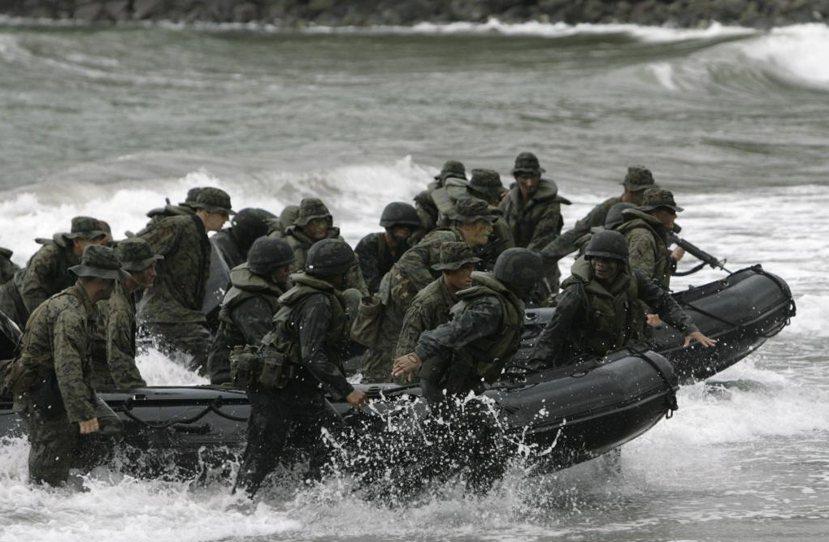 2007年在甲米地軍事基地的美菲「兩棲登陸演習」(Phiblex)。 圖/路透社