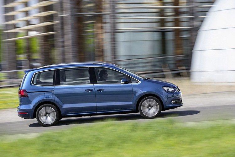 2017年式Volkswagen Sharan七人座MPV,滿足大家庭坐乘需求。...
