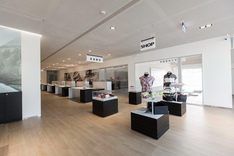 南屯展示中心正式投入營運行列後,為目前四環品牌全台規模最大的中古車展示中心。圖/台灣奧迪提供
