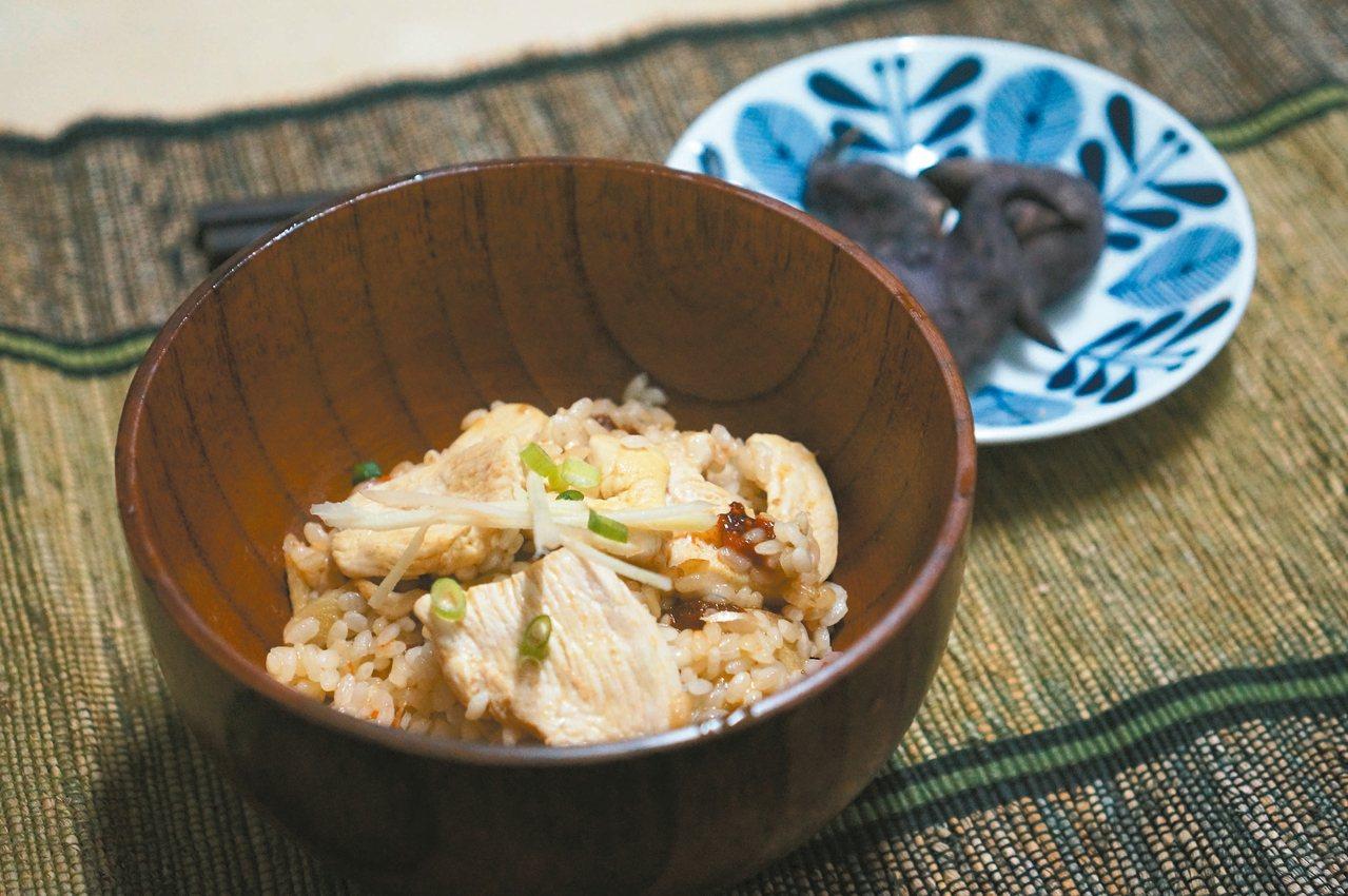 暖心的麻油雞飯是補冬的好料理。 圖/毛奇