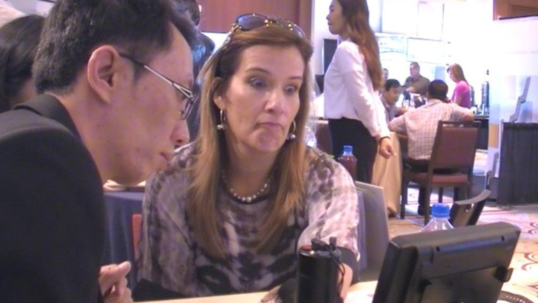 約翰霍普金斯大學全球預防醫學研發會議上,「還原負離子機能褲」台灣製造商受到許多現...