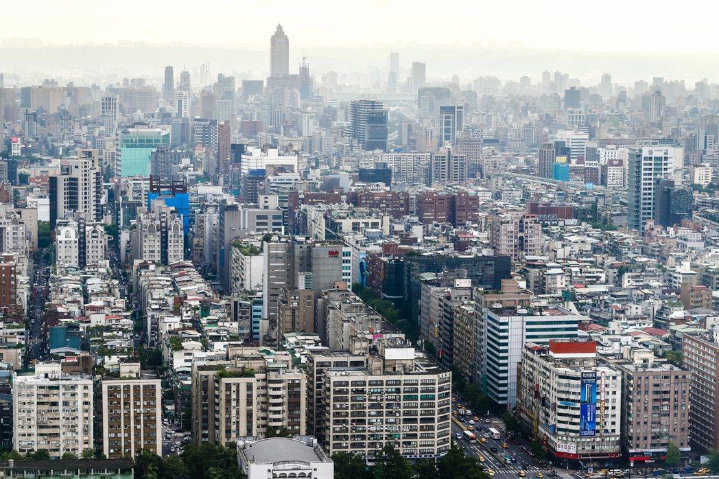 地價稅在全台各縣市引起不少爭議。記者王騰毅/攝影