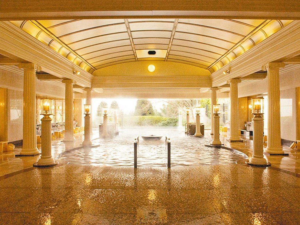 京都之旅入住兵衛向陽閣,享受當地最大的浴場。 圖/有行旅提供