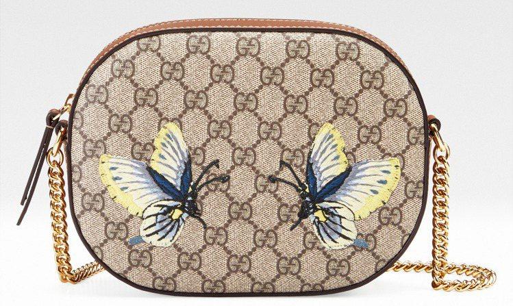 Holiday「台灣限定」蝴蝶刺繡鍊帶包,39,700元。圖/Gucci提供