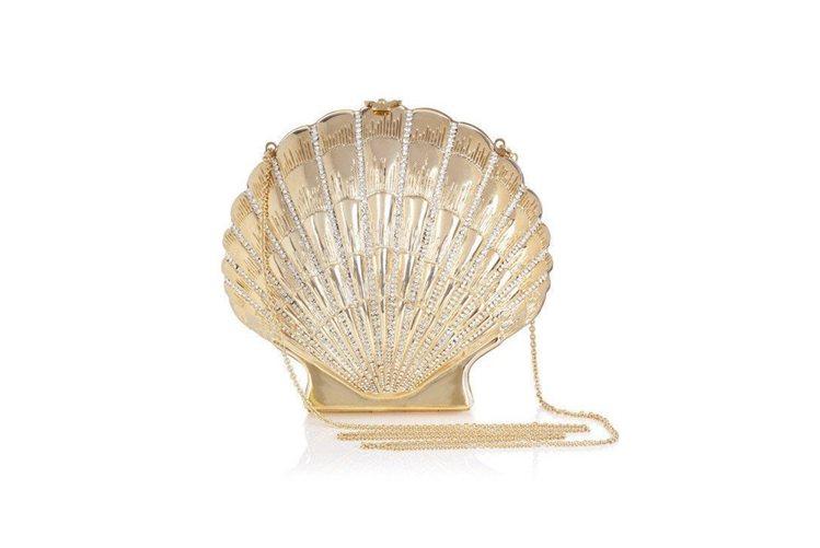 Charlotte Olympia在2014年春夏推出金色貝殼鍊帶包。圖/Cha...