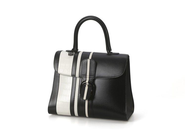 Brillant系列黑白條紋珍稀皮革拼牛皮中型手提包,售價420,000元。圖/...