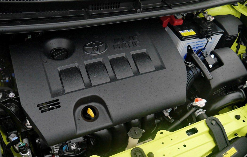 台灣市場獨家,搭載全新Dual VVT-i 2ZR-FAE 1.8自然進氣引擎。 記者陳威任/攝影