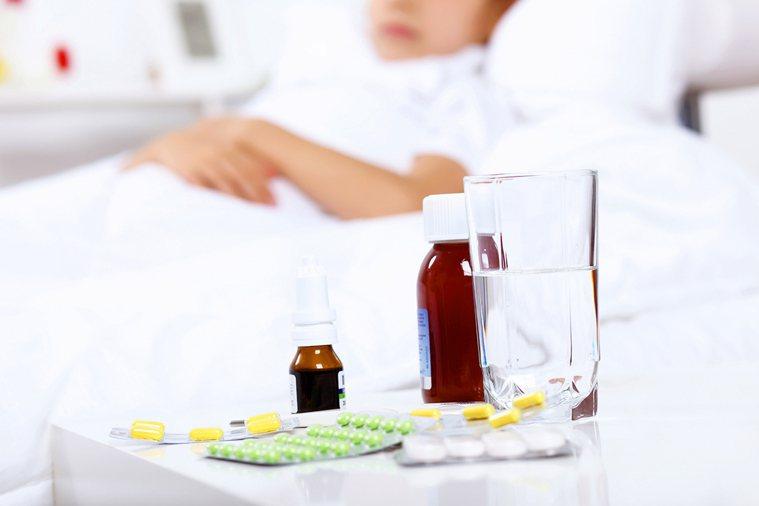 綜合感冒藥怎麼吃才對? 圖/ingimage