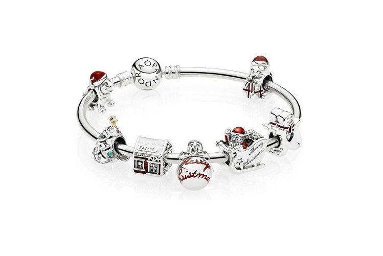 丹麥珠寶PANDORA的耶誕節主題串飾。圖/PANDORA提供
