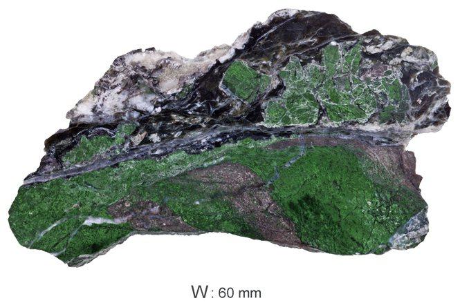 山南矽卡岩原礦。 © H.A.Hänni。