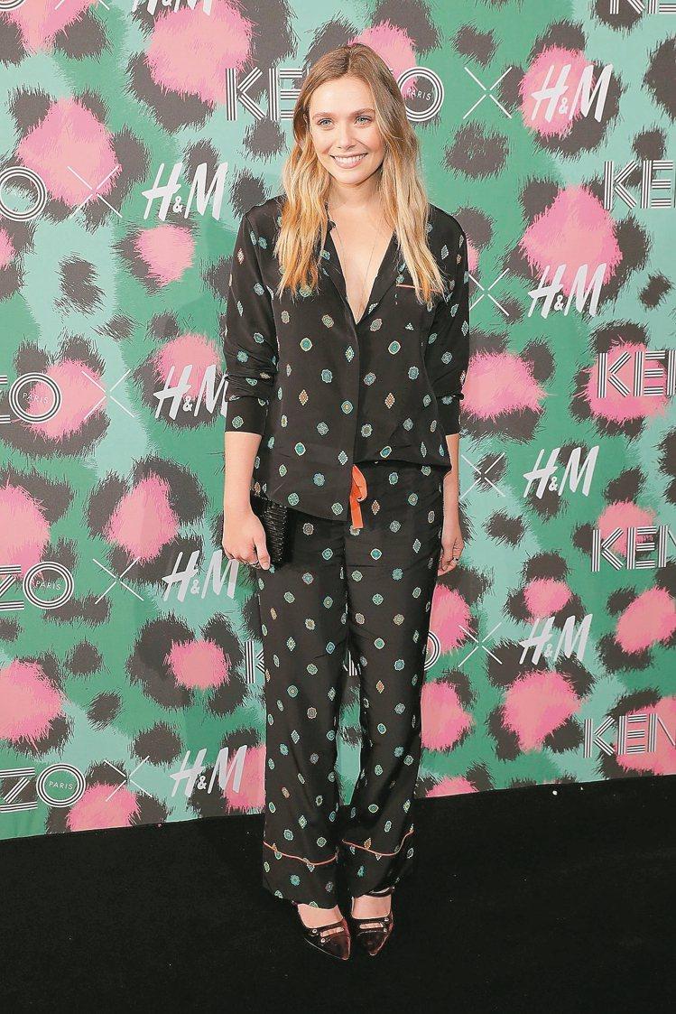 Elizabeth Olsen穿H&M與Kenzo聯名新裝,完美詮釋睡衣時尚。 ...