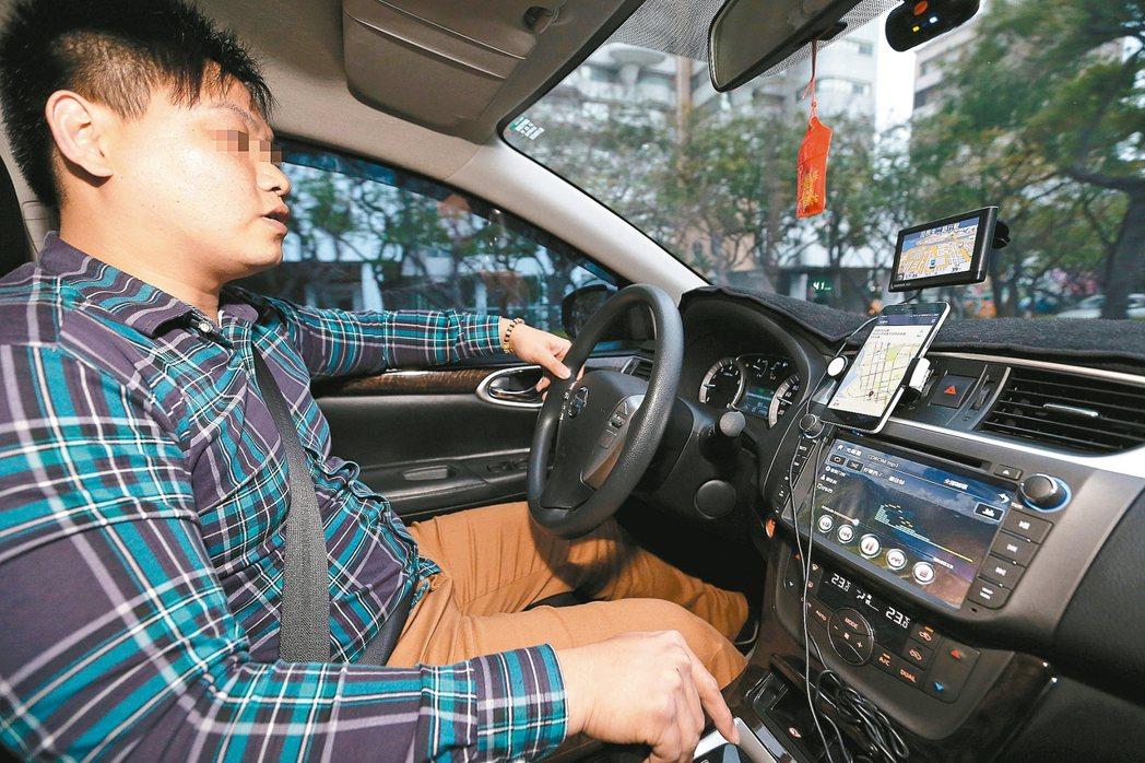 Uber對計程車業者造成衝擊,政府與業者設法因應。 本報資料照片