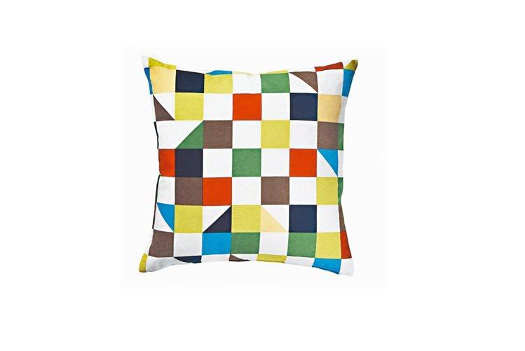 冬季必備的抱枕,一來提亮、增添溫暖感,或抱或靠都很實用。 圖/IKEA提供