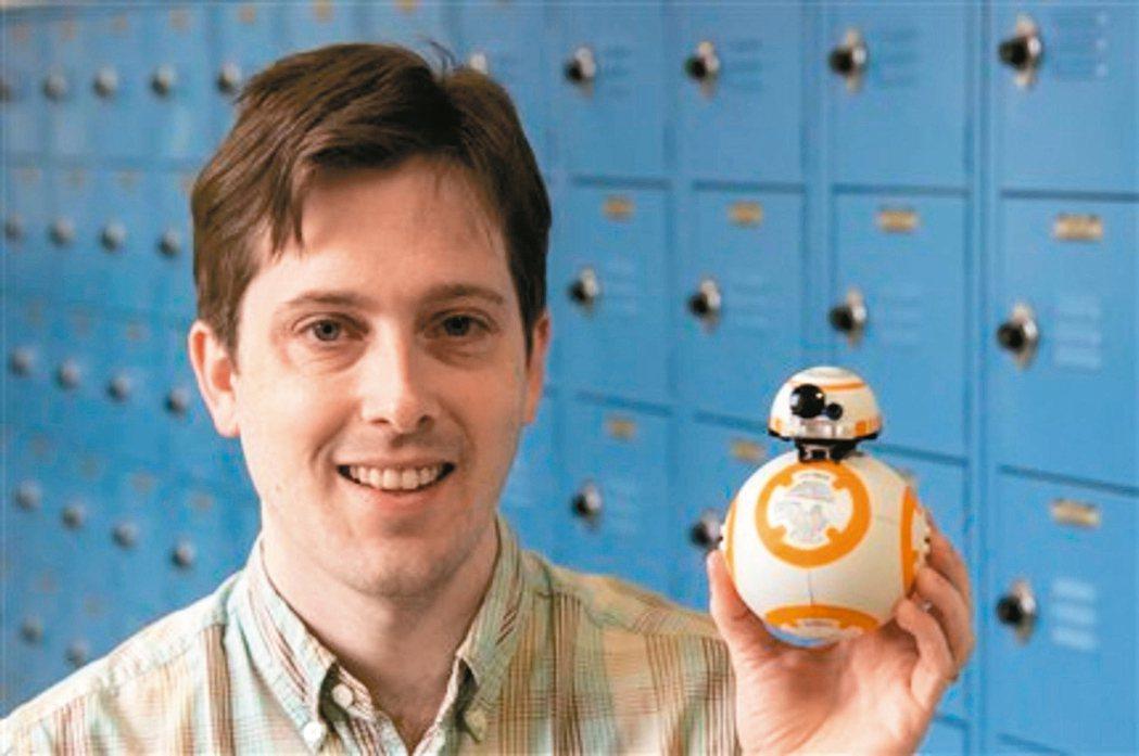 BB-8機器人樂高積木相中正評估BB-8機器人商品化可能性。 德儀/提供
