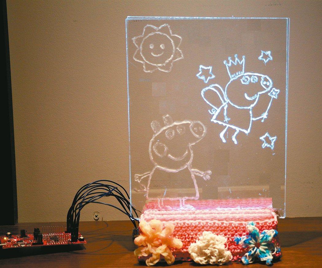 卡通鬧鐘來自父親關愛,卡通圖案「訓練鬧鐘」。 德儀/提供