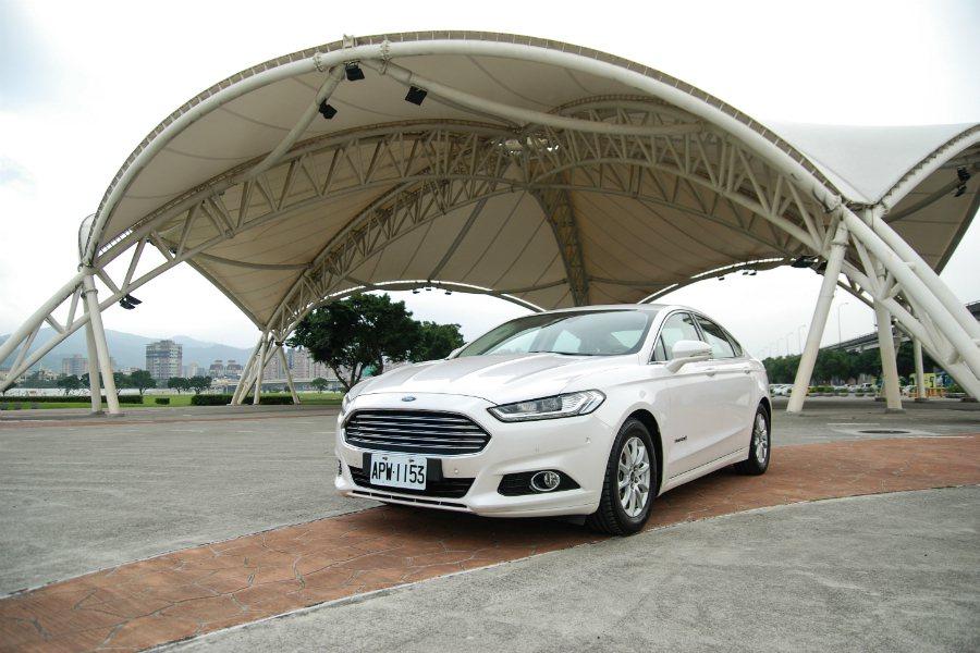 根據外媒報導,福特原廠將取消 2020 年  Ford Fusion重新設計的計畫。圖為 Mondeo Hybrid 。 記者林鼎智/攝影