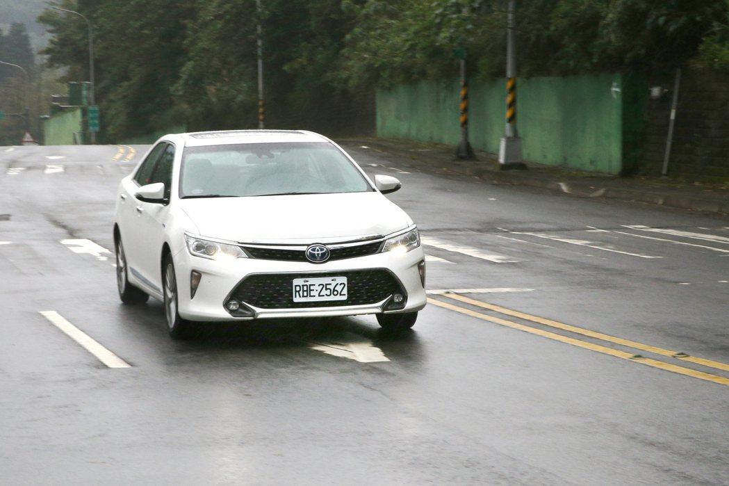 Toyota Camry Hybrid。記者蘇健忠/攝影