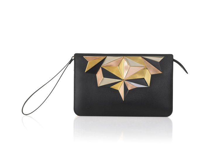 Signature星塵系列手工三色金屬裝飾手拿包,售價97,000元。圖/DEL...