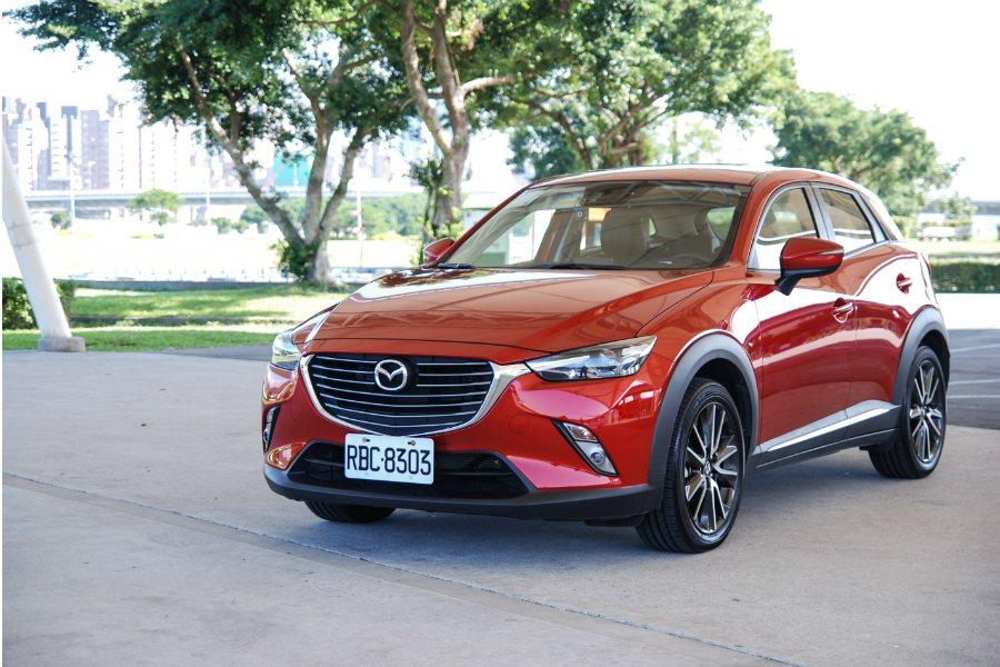 Mazda CX-3 在行路質感與內裝表現上相當出色。 記者林鼎智/攝影