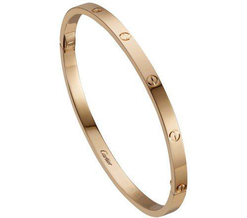 卡地亞 LOVE 系列手環(窄版),玫瑰K金,約13萬2,000元。圖/卡地亞提...