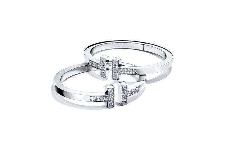 Tiffany T Square手鐲(上)18K白金鋪鑲鑽石手鐲38萬2,000...