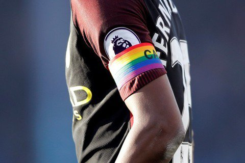 同性戀黑人足球員之死:球場上的性別平權之路