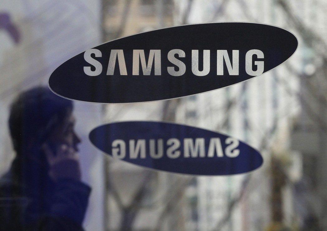 涉及龐大金額的美國蘋果公司(Apple)和南韓三星電子(Sassung)智慧手機...