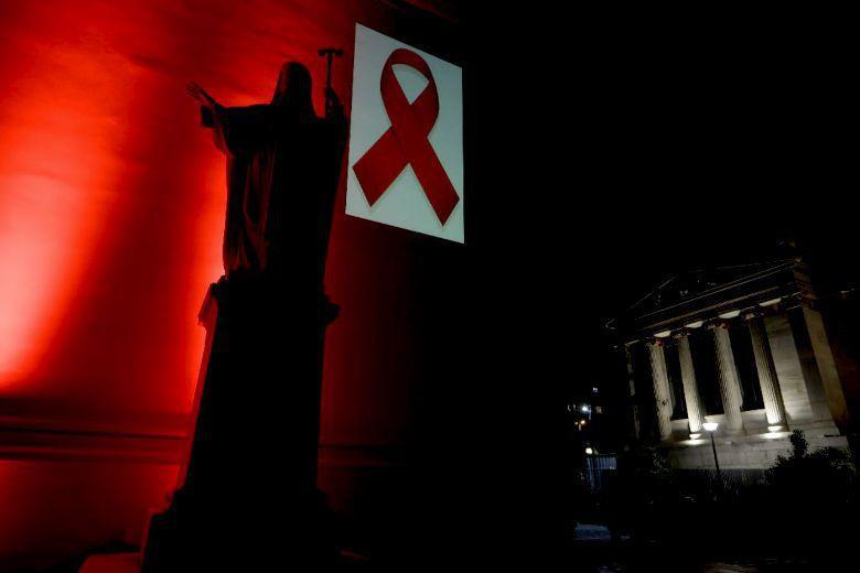 每年12月的第一個星期日,是台灣基督長老教會訂定的「愛滋關懷主日」。因為社會仍在...