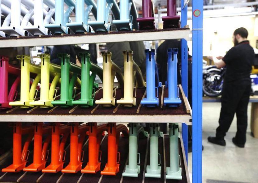 「英國製造」之於布朗普頓自行車的意義便是——他們工匠的手藝在其他地方找不到。...