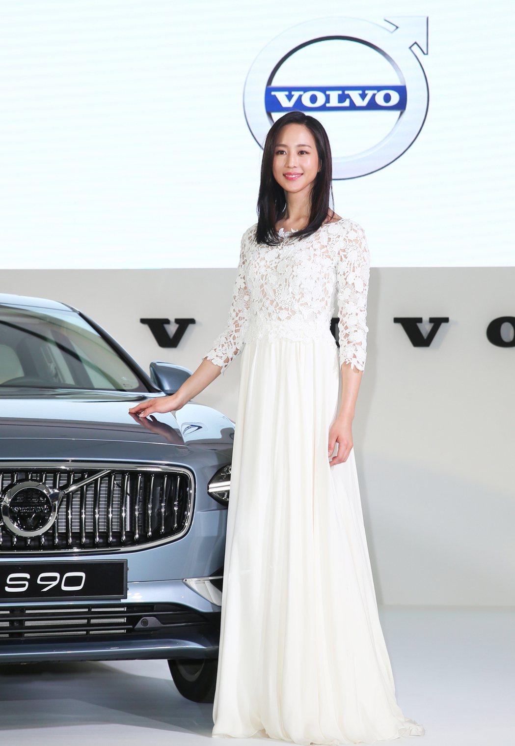 藝人張鈞甯出席 The New Volvo S90 新車發表會。 記者陳正興/攝...