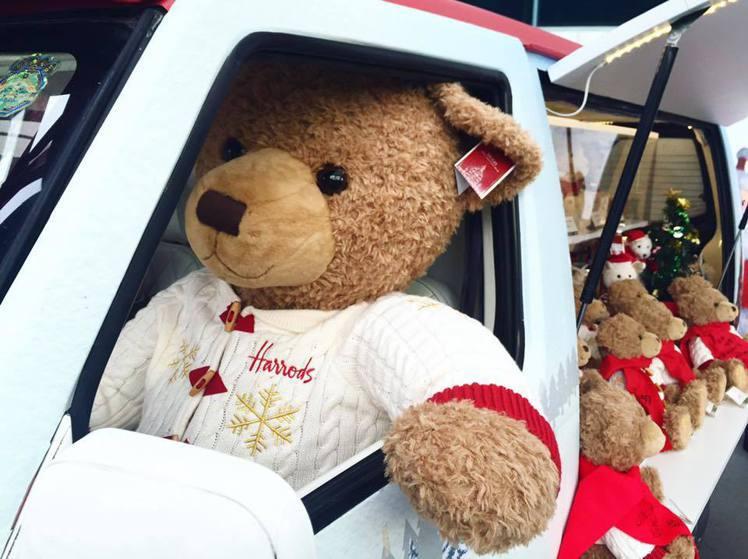 Harrods首度推出幸福耶誕胖卡車。圖/新光三越提供