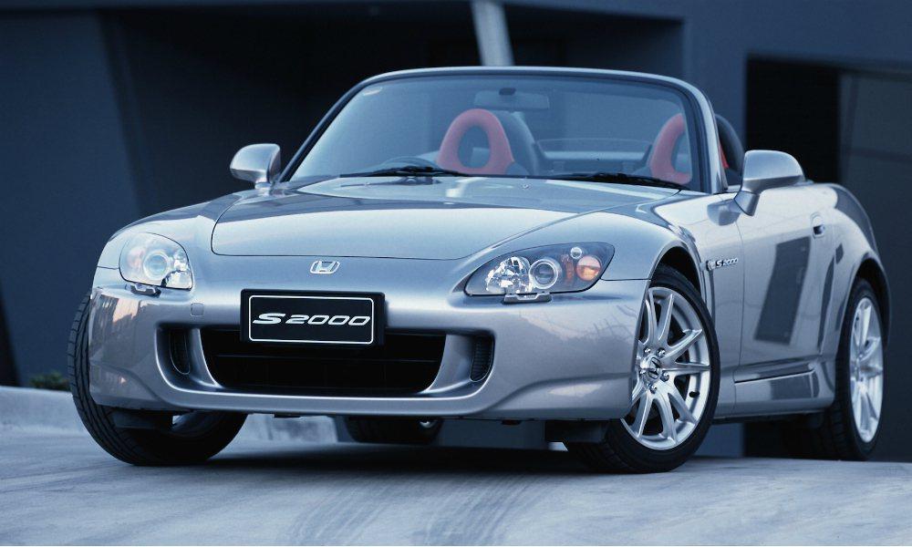 NA 自然進氣、高轉特性的 Honda S2000 無疑是一部經典名駒,但從 2009 停產後,竟然還有新車賣出的消息! 摘自 Honda