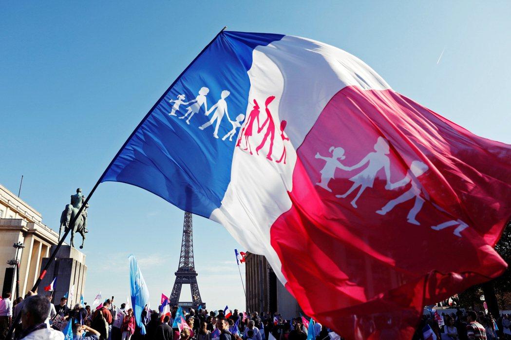 同婚法案都已經通過3年了,「法國護家盟」,究竟還要什麼?圖為2016年10月16...