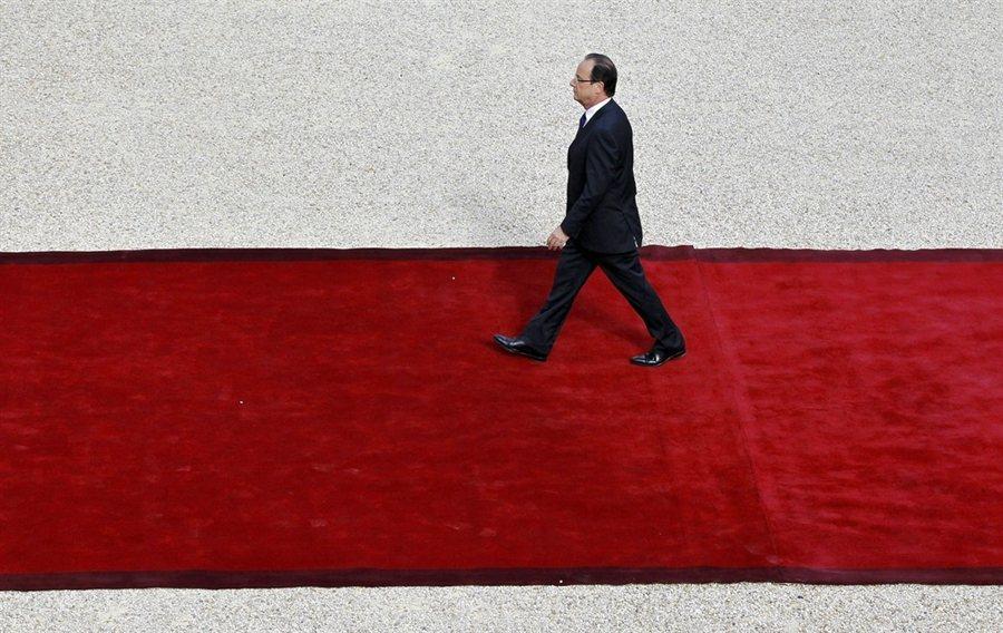 2012年5月15日,就任法國總統的歐蘭德。他上台後,隨即指示推動同婚法案,但所...