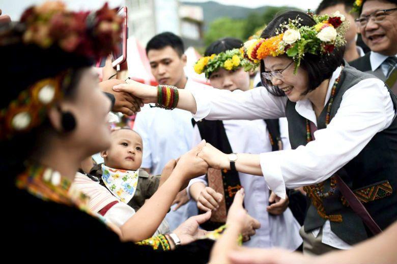 蔡英文總統在今年8月1日原住民族日正式向原族民族道歉,並承諾會為過去政權所帶來的...