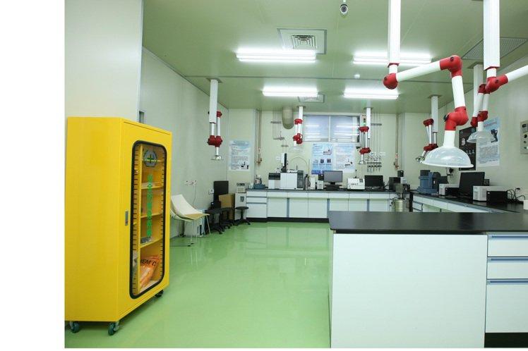 北科大精密儀器分析中心。 北科大/提供