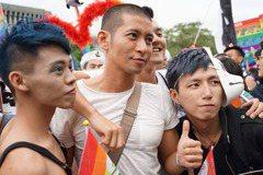 我要自首:我是參加同志遊行的學校老師