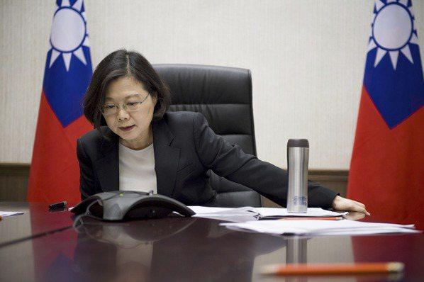 彭博:川普搞錯對象 台灣更速配「貨幣操縱國」稱號