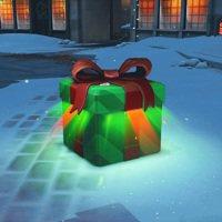 即日起至1月2日止,遊戲內的戰利品將換上多款精美包裝,讓玩家享受拆開聖誕禮物的興...