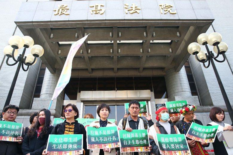 檢察總長顏大和於104年12月15日王光祿入監前夕,向最高法院提起非常上訴,最高...