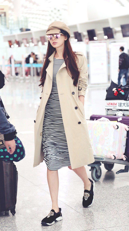 志玲姐姐穿出BURBERRY大衣的運動風。圖/BURBERRY提供