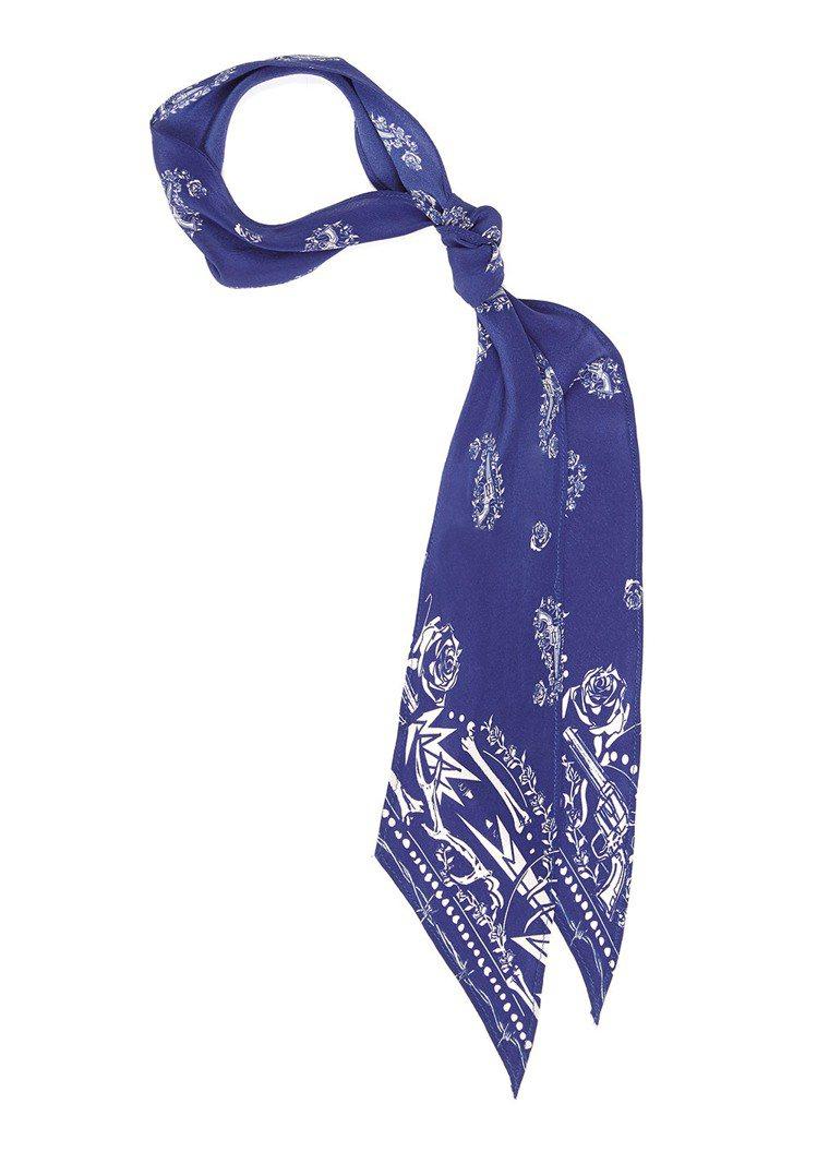 Rockins 藍色槍與玫瑰絲巾,售價6,580元。圖/CLUB DESIGNE...