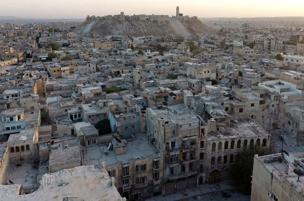 直到2011年的冬天,內戰燒到了阿勒頗為止...圖為內戰中的阿勒頗。 圖/路透社