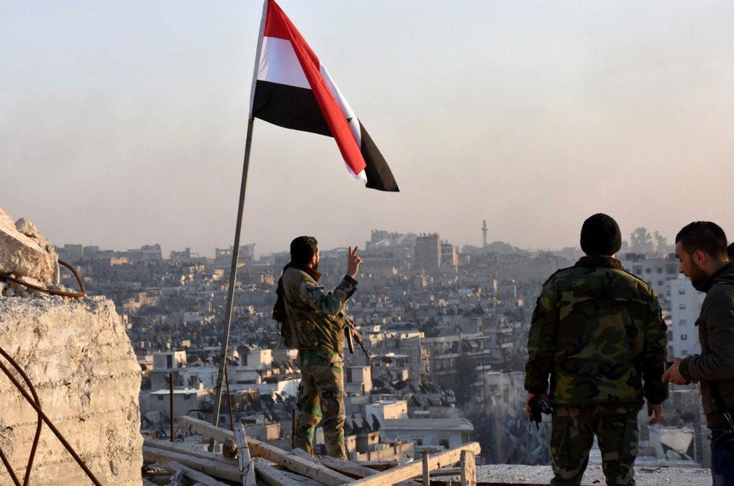 2016年12月,這是敘利亞內戰的第五個年頭,也是阿勒頗戰役佔據國際頭版的第四個...